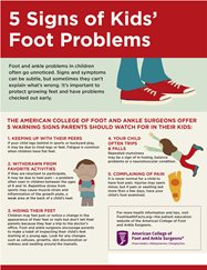 5 Signs of Kids' Foot Problems Infographic